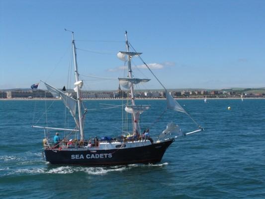 9-Sea-cadets-training-ship-BGH-in-bg-449kb-533x400