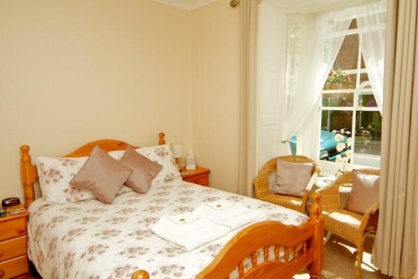room-1-599x400