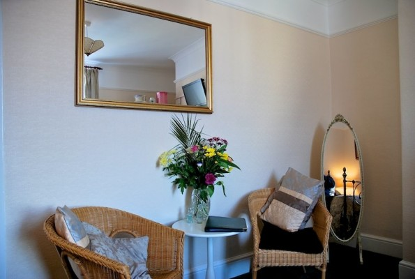 The-Bay-Guest-House-Weymouth-662-595x400