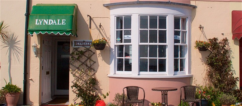 Frontage-Lyndale-Guest-House-Weymouth-008